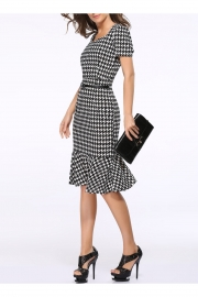Houndstooth Sweetheart Neck Fishtail Bodycon Dress With Belt