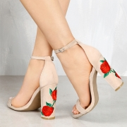 Women's Fashion Open Toe Ankle Strap Floral Embroidery Block Heels Sandals