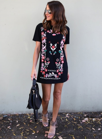 Women's Fashion Floral Print Short Sleeve Slim Mini Dress