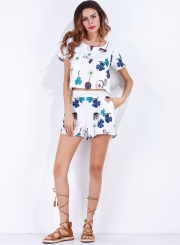 Women's Fashion Floral Print Short Sleeve Crop Top and Shorts Set