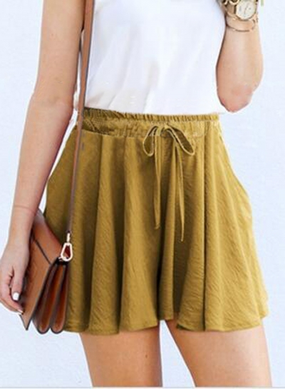 Fashion Elastic Waist Loose Fit Shorts