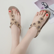 Fashion Summer Bohemia Beach Thong Flat Sandals With Beading
