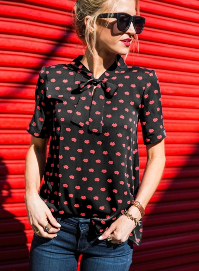 Casual Slim Short Sleeve Bow Collar Women Blouse With Lips Pattern