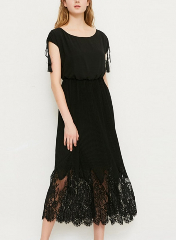 Black Sleeveless Elastic Waist Lace Dress With Tassel