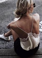 Fashion Lace Spaghetti Strap Backless Tank Top