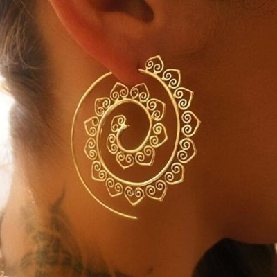Casual Alloy Oval Circle Helical Vintage Earrings