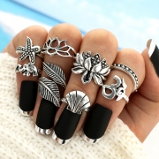 8 Pieces Alloy Leaf Finger Rings Multiple Sets Of Rings